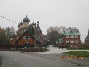 Вид на православный женский монастырь.